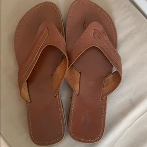 Men's thong leather sandals